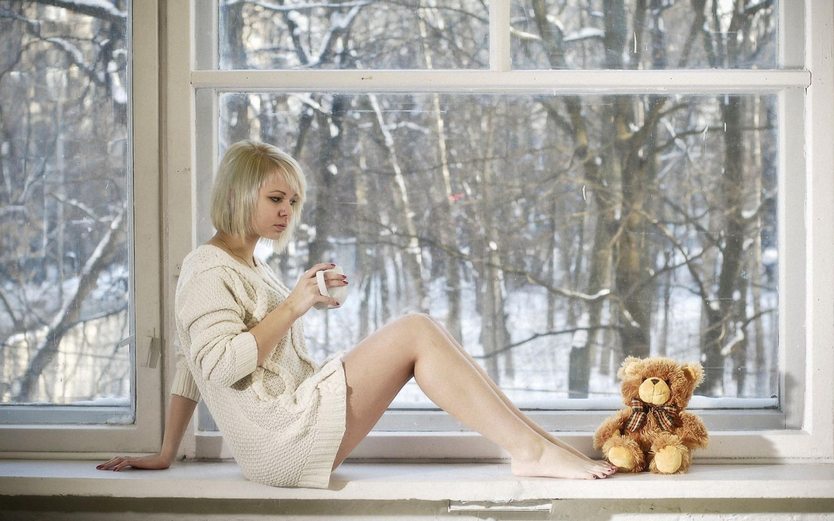 Девушка окно фото 19 фотография